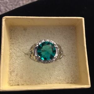 Jewelry - Green Topaz size 8 sterling
